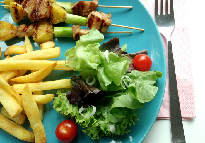 Chicken skewers sidepicll
